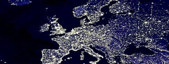 Châu Âu lên kế hoạch cho lưới siêu điện để tăng cường năng lượng tái tạo
