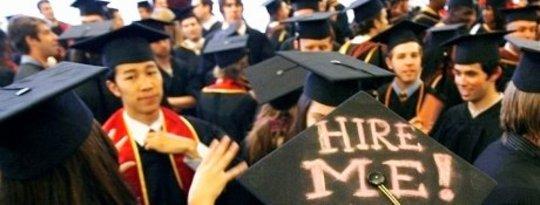 Apakah Lulusan Perguruan Tinggi Baru Menemukan Pekerjaan yang Baik?