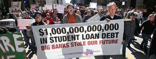 چگونه دولت ایالات متحده امروز می تواند بحران بدهی دانش آموزان را متوقف کند