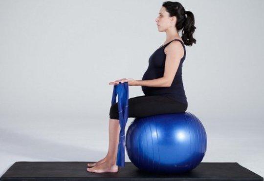 Pilates Exercise On The Ball Heals Body and Soul