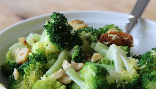 This Broccoli Compound May Treat Prostate Cancer