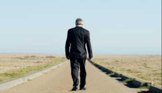 Hur existentialism kan skydda oss från den fria marknaden mörka sidan