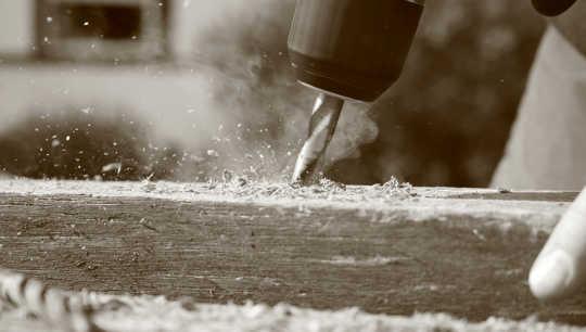لا ننسى الغبار غير مرئية في هذا المشروع DIY