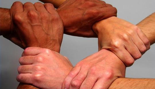 Unies speel 'n positiewe rol in die maak van maatskappye meer mededingend