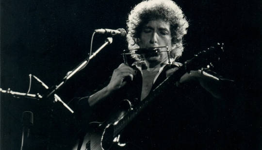 5 Extraordinary Poems That Inspired Bob Dylan