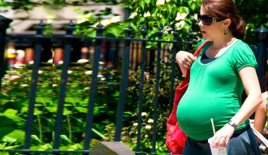 क्यों गर्भावस्था में अवसाद के बारे में कुछ भी नहीं करना बुरा विचार है