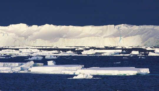 Totten Glaciärkalvfronten. Esmee van Wijk / CSIRO