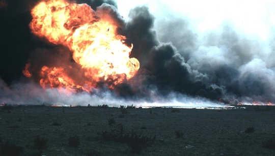 Hat ein brennender Ölteppich die Dinosaurier ausgelöscht?