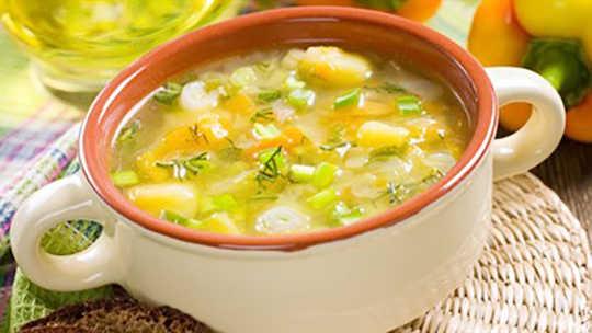 Bisakah Sup Ayam Menyembuhkan Tubuh dan Jiwa?