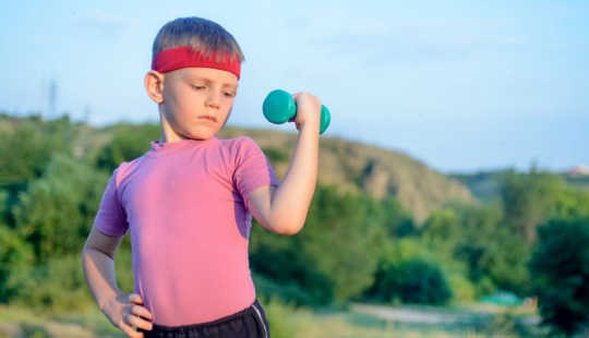 Should Children And Adolescents Lift Weights?