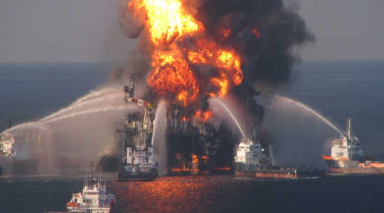The Deepwater Horizon oil spill in the Gulf of Mexico in 2010 escalated industry costs and environmental concerns. Image: EPI2oh via Flickr