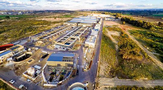 Como uma nova fonte de água está ajudando a reduzir o conflito no Oriente Médio