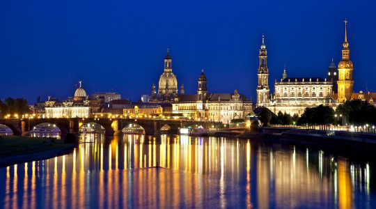 Dresden, ang pagtatakda ng Bilderberg 2016. Jiuguang Wang, CC BY-SA