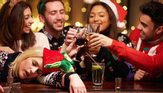 En sober folkmassa gör att dricka seem mer riskabelt