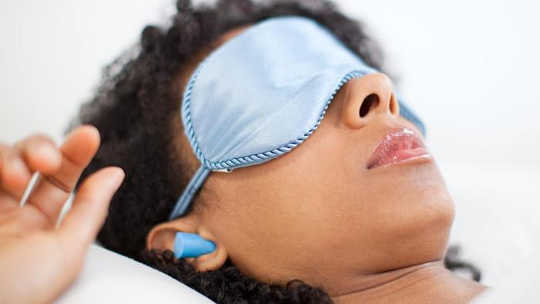 नियमित रूप से नींद पहनने के लिए क्या बुरा है Earplugs?