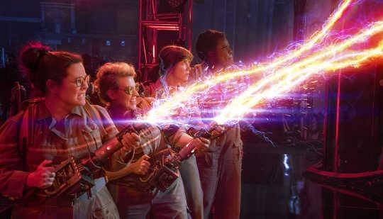 Sesuatu freaky cara ini datang. Sony Pictures