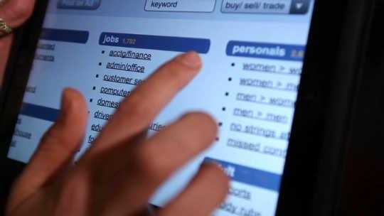 Como o comércio sexual on-line americano continua a prosperar
