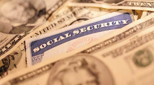 Varför att ge de flesta människor ansvar för sina pensioner är en katastrof i tillverkningen