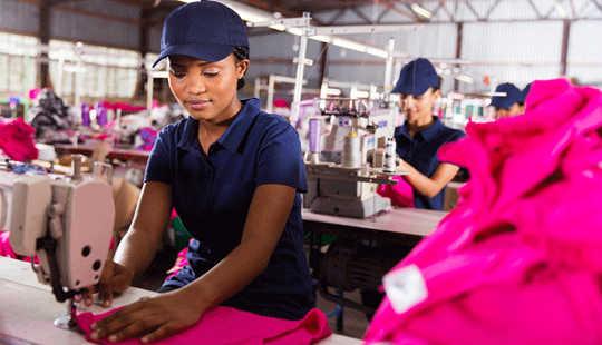 ماذا لو ساعدت الاتفاقيات التجارية الناس وليس الشركات؟