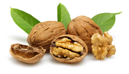 Why It's Good To Eat Walnuts