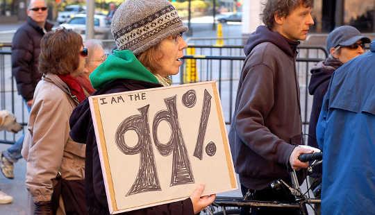 """36 Porcentaje de estadounidenses """"financieramente desesperados"""" o que apenas logran"""
