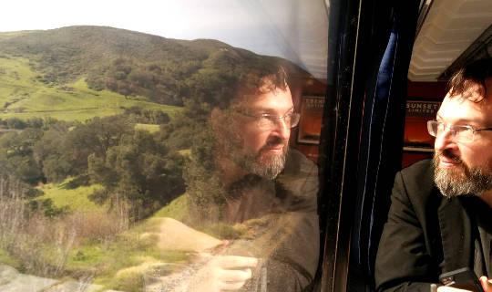 Junassa löytää poikani, jonka olen kadonnut