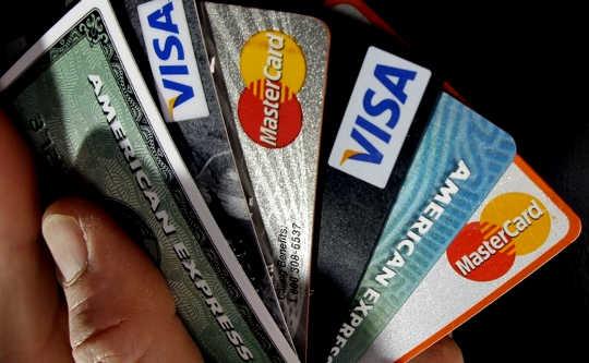 Apa yang Anda Perlu Tahu Mengenai Penipuan Kad Kredit