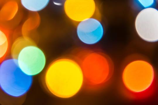 सूक्ष्म मानसिक तरीके रंग हमारे प्रभावित करता है