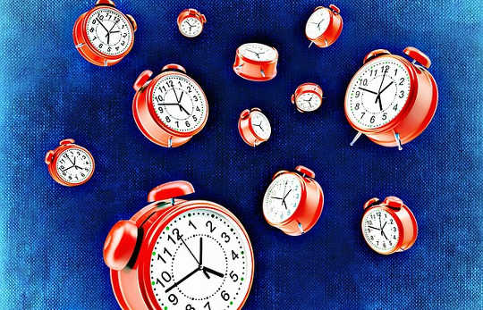 Hoe is het mogelijk dat de tijd sneller voorbij vliegt?