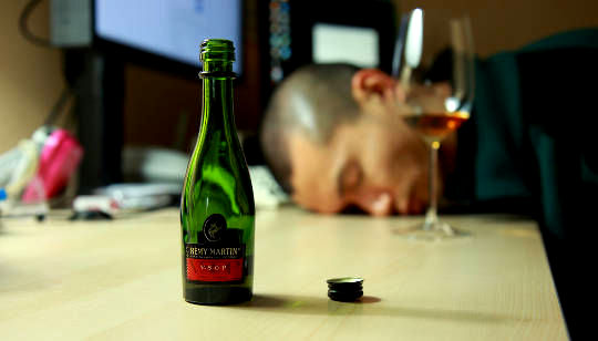 Why Drinking To Forget Could Make PTSD Worse