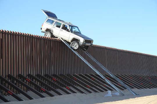 Por qué un muro con México es tan popular y por qué no funcionará