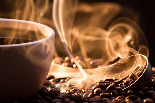 Orsakar koffein dehydrering?