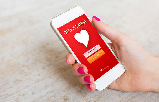 Women Troll On Dating Apps Just As Often As Men
