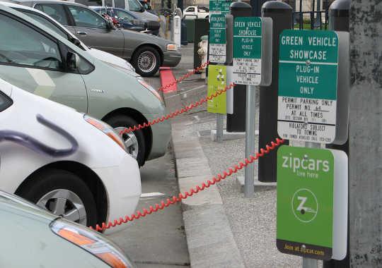 क्या कैलिफोर्निया के लिए कम कार्बन पथ बंद होगा?