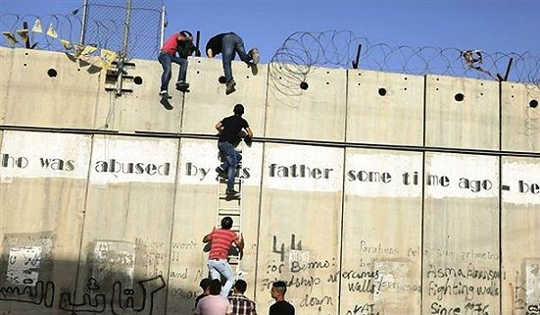 Why The Closing Of Borders Is Not The Answer To Jobs and Inequality