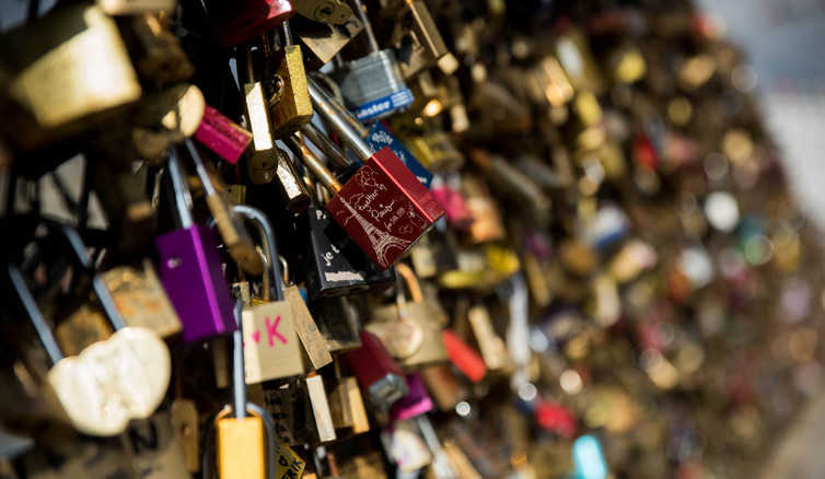 How Leaving A Padlock Became A Modern Day Romantic Ritual
