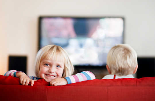 Too Much TV May Delay Kindergarten Readiness