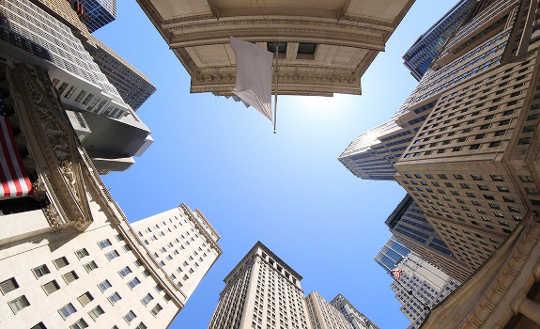 Warum Anleger auf höheren Stockwerken mehr Risiken eingehen
