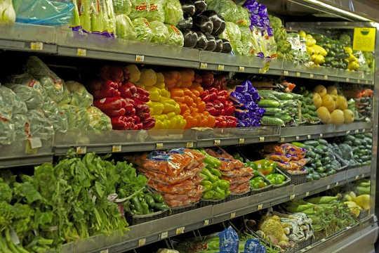 Wohlhabende Amerikaner wissen weniger, als sie denken, dass sie über Nahrung und Nahrung tun
