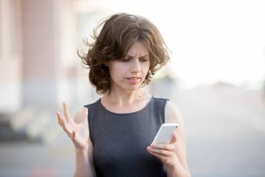 Por que nossa bateria de telefone morre tão rápido?