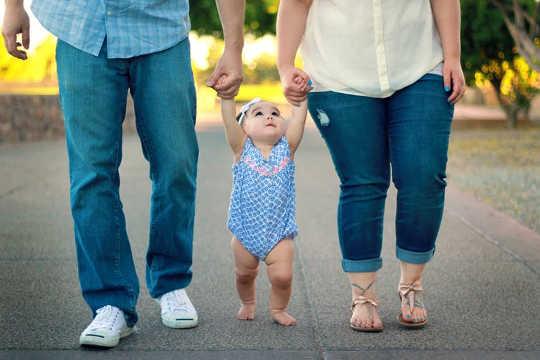मेरे सह-माता-पिता के साथ रिश्ते का किस प्रकार का होना चाहिए अब हम तलाकशुदा हैं?