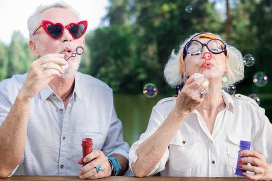 随着预期寿命的提高,对健康老龄化的期望也随之提升