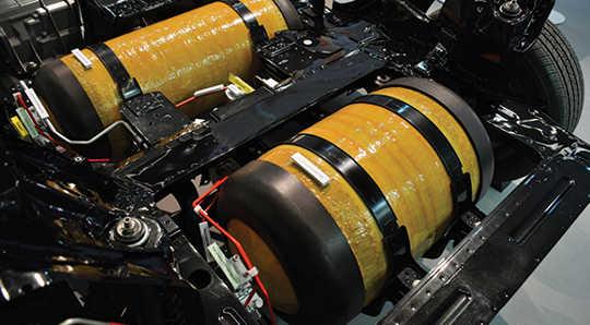 Yakıt depolanması, hidrojen yakıtlı taşıma için büyük bir zorluk olmuştur. (Hidrojen yakıtı enerji görüntüsüne geri döndü)