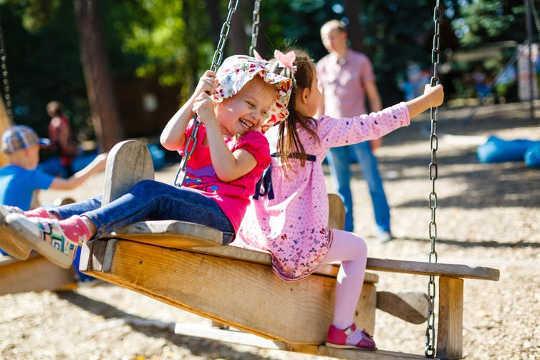 Hoe Play-Based Learning je kind kan helpen succes te behalen op school en daarbuiten