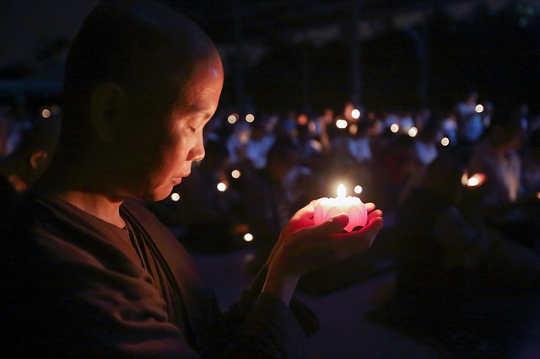 Accéder à l'amour divin et s'ouvrir à l'amour et à la guérison pour tous