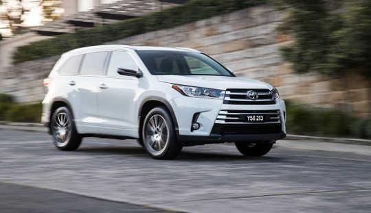 آیا SUV ها و 4WD ها امن تر از اتومبیل های دیگر هستند؟