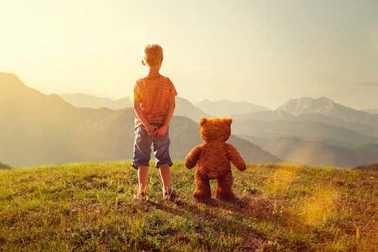 Bagaimana Teman-Teman Imajiner Dapat Meningkatkan Perkembangan Anak