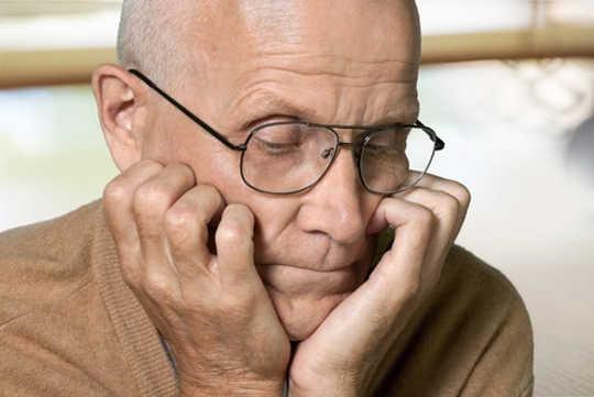 क्या मुझे अल्जाइमर जोखिम के लिए परीक्षण करना चाहिए?