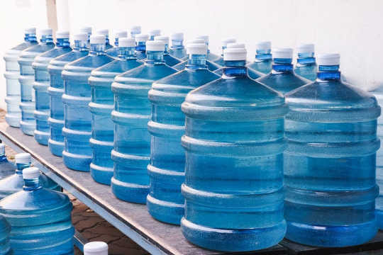 Study Shows BPA Substitutes May Cause Same Health Issues As The Original