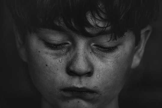 बचपन में चरम तनाव आपके डीएनए के लिए जहरीला है